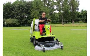 Садовыйрайдер Grillo FD450 с фронтальным режущим механизмом и встроенным травосборником